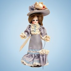 """Antique French Mignonette """"Poupees de Poches"""" Barefeet"""