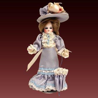 """Antique French Mignonette """"Poupees de Poches"""" Barefeet Original Wig"""