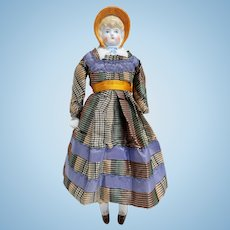Lady Gloss China Head With Molded Bonnet