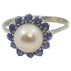 Ladies 18 K White Gold Blue Sapphire Ring with 8.07 mm Diameter Akoya Cultured Pearl