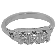 18K White Gold VS1 Diamond Ring