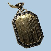 Art Deco Gorgeous Gold Etched Locket with Chain
