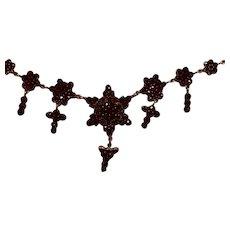 Victorian Bohemian Gemstone Garnet Necklace - A Perfect Gift