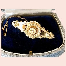 1900 Rose Cut Diamond 9K Bar Brooch with Safety Chain