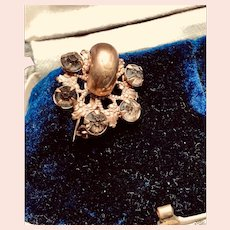 Petite Perfect Victorian Pinchbeck Collar Brooch