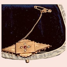 15K Yellow Gold 1887 Brooch from Chester England