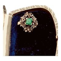 Edwardian Emerald and Diamond 15K Yellow Gold and Silver Ring