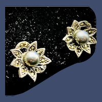 Vintage Sterling Silver Pierced Stud Earrings 2 Round Gray Cultured Pearl