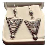 Etched Inverted Triangle Nabla Earrings