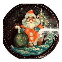 Hand-painted Russian Santa or Father Frost (Ded Moroz) Brooch
