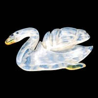 Excellent 1930s Lucite Swan Brooch