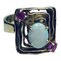 Arts & Crafts 14K Yellow Gold Opal and Ruby Ring