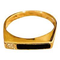 Sweet 14K Yellow Gold Onyx Diamond Ring