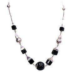 Art Deco Black and Silver Bead Necklace