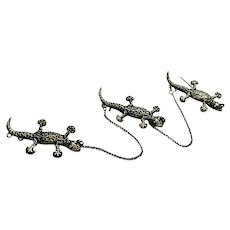 Vintage 3 Lizards in a Row Brooch