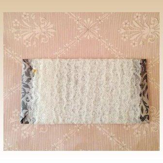 "Vintage Lace Trim ~ Delicate, Scalloped ~ 1"" wide"