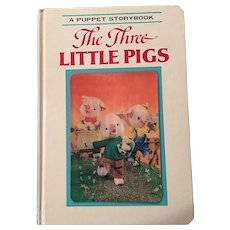 1970 3 D Boardbook A Puppet Storybook  The Three Little Pigs