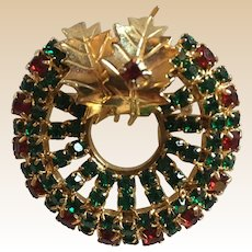 Beautiful Rhinestone Christmas Wreath Tree Pin