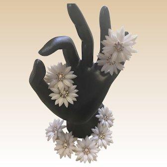 1950s Coro Plastic White Daisy Bracelet and Clip Earring Set Book Piece