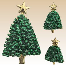 Green Glittery Goldtone Christmas Tree Pin and Earrings Set