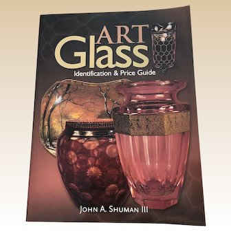 Art Glass Identification and Price Guide