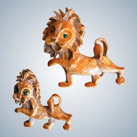 Gerry's Enamel Lion Scatter Pin Set Book Piece
