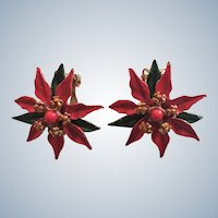 Poinsettia Clip Earrings Set Book Piece