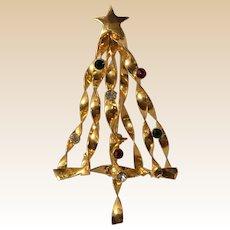 Large Gold Tone Rhinestone Christmas Tree Pin