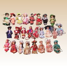 Danbury Mint The Ladies In Fashion Porcelain Christmas Doll Ornaments