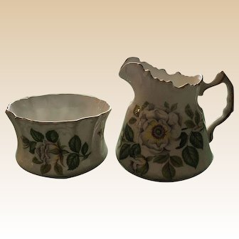 Hammorsley Royal Avon The Flowers of Shakespeare's Day The White Rose Of York Sugar and Creamer Set
