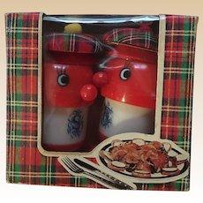 Lucky Clover Toys Scottish Plastic Salt and Pepper Set