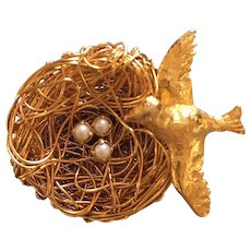 1950's Jeanne Figural Gold Tone Bird Nest Pin