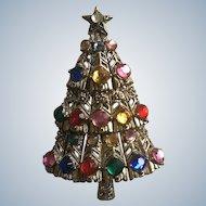 Hollycraft Rhinestone Christmas Tree Pin