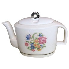 Harker Petit Point Rose Modern Age Design Art Deco Teapot
