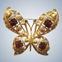 Large Gold Tone Avon Butterfly Pin with Rhinestones and Faux Pearls