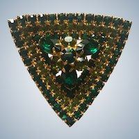 Beautiful 1950's Prong Set Green Rhinestone Dimensional Triangle Pin