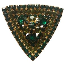Beautiful 1950's Prong Set Green Rhinestone Dimensional Triangle Pin