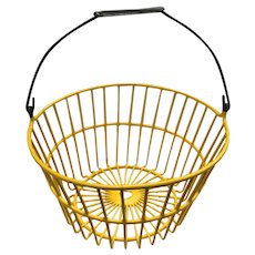 Old Vintage Larger Size Yellow Coated Round Wire Egg Basket In Excellent Condition
