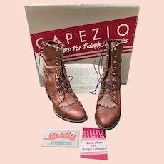 Vintage Woman Capezio Brown Leather Western Boots Size 9