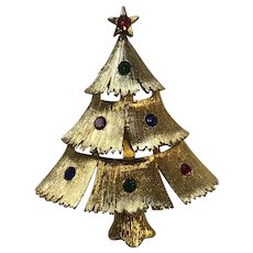 Vintage Gerry Rhinestone Christmas Tree Pin