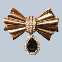 Quality Avon Gold Tone Green and Clear rhinestone Bow Pin