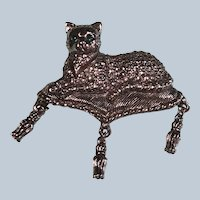 Avon 1980's Marquisette Cat Pin With Dankly Tassels