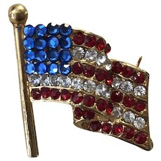 Vintage USA Rhinestone American Flag Pin