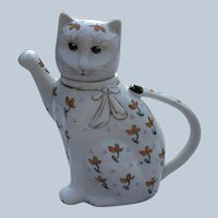 Vintage 1960's-70's Porcelain China Cat Teapot