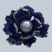 Vintage Gold Tone Figural Cobalt Blue Enamel Flower Pin with White Bead Center
