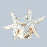 Vintage Quality Gold Tone Figural Starfish and Shell Pin