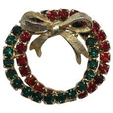 Vintage Prong Set Christmas Rhinestone Wreath Pin