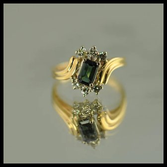 Green Tourmaline and Diamond Vintage Fashion Ring / 14k Yellow Gold
