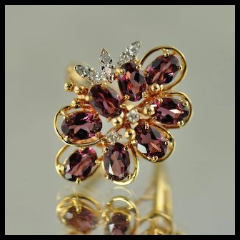 Garnet and Diamond Flower Ring / 14k Yellow Gold