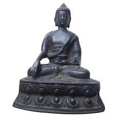 19th Century Burma Bronze Sitting Buddha